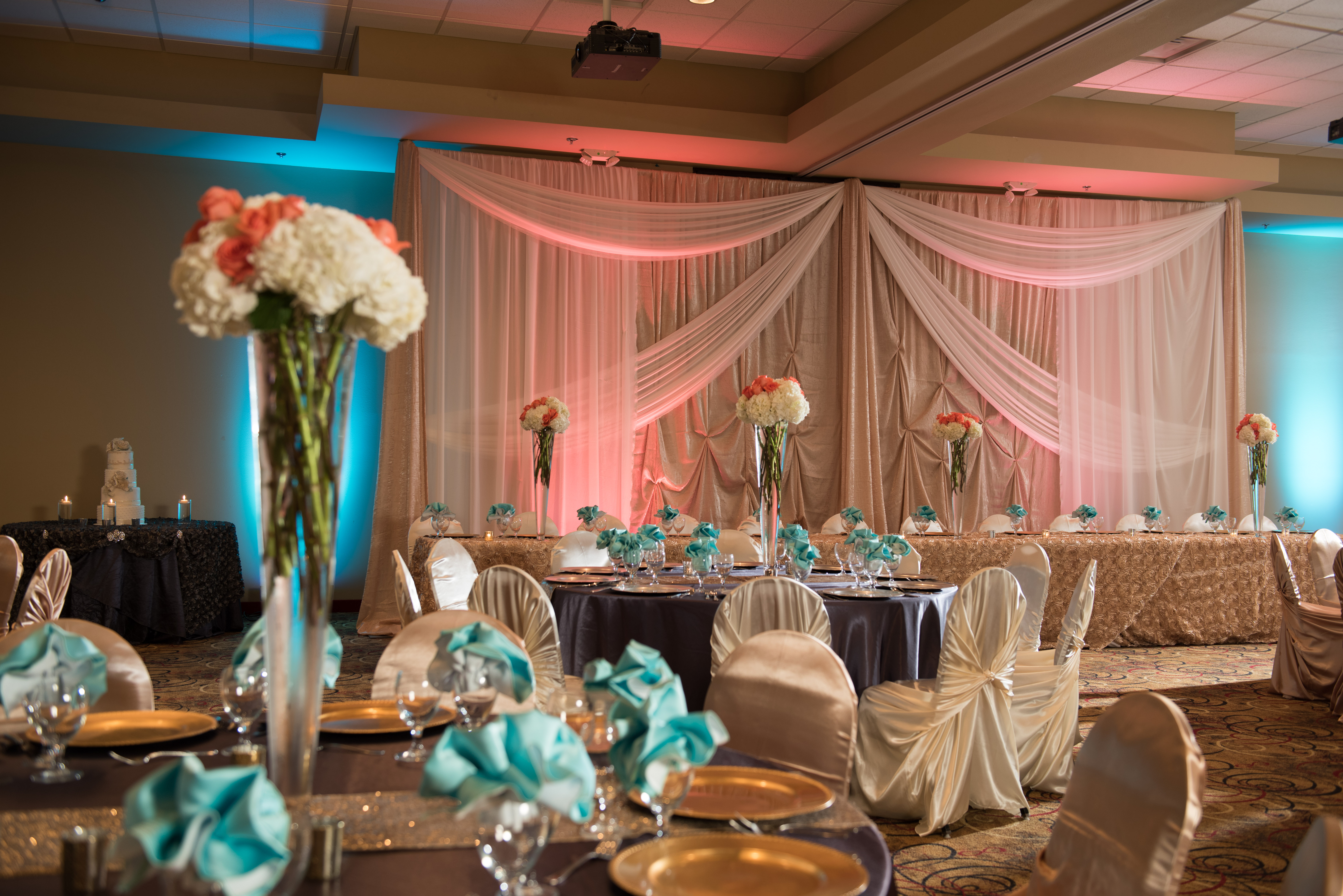 Head Table Side_A018051